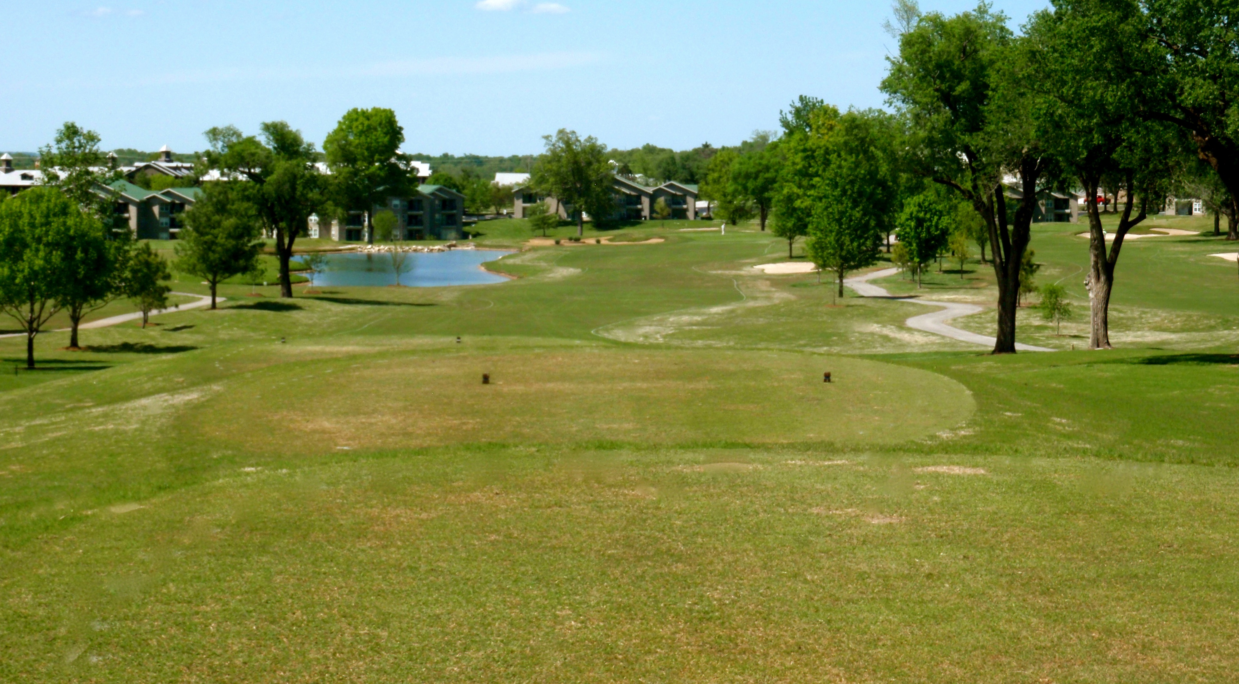 holiday hills golf_course